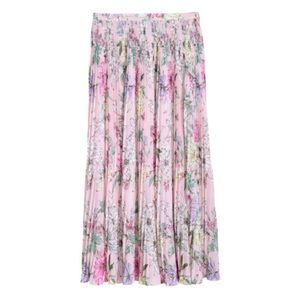 NWT- H&M pleated floral skirt